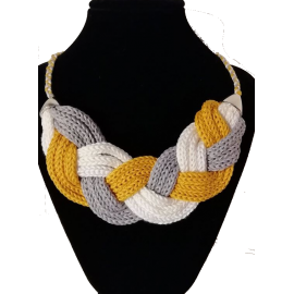Kötött nyaklánc